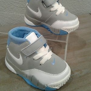 Nike Infant SNEAKERS size3